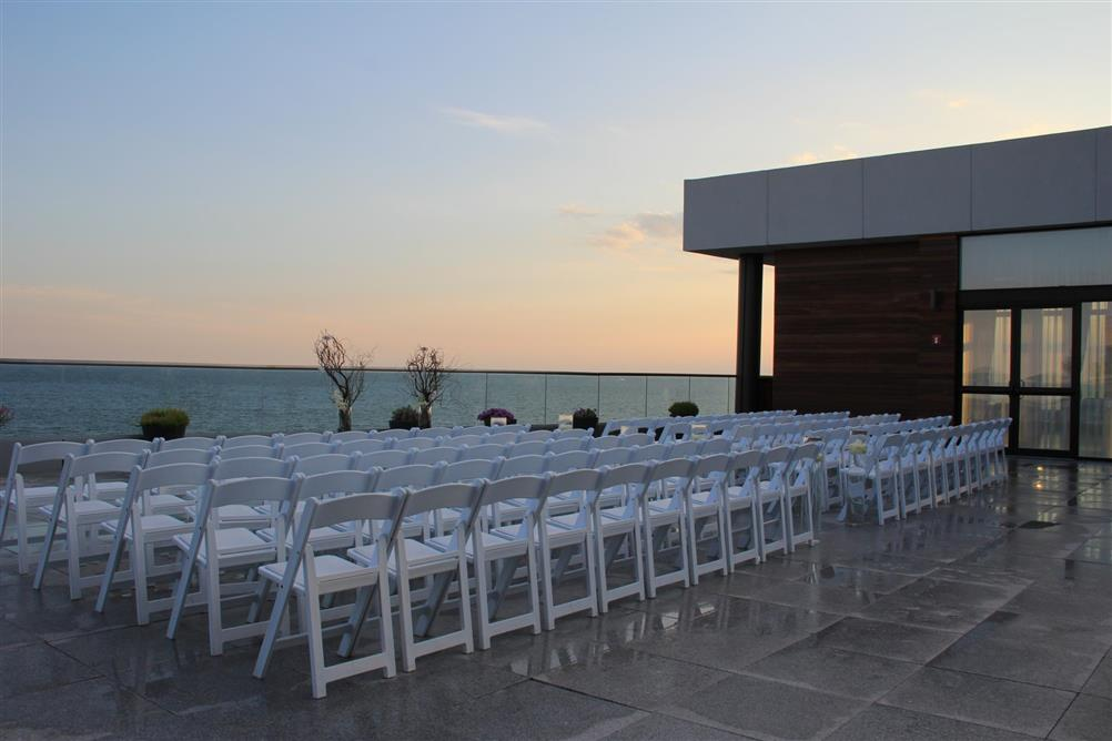 The Allegria Hotel Long Island S Beachfront Destination