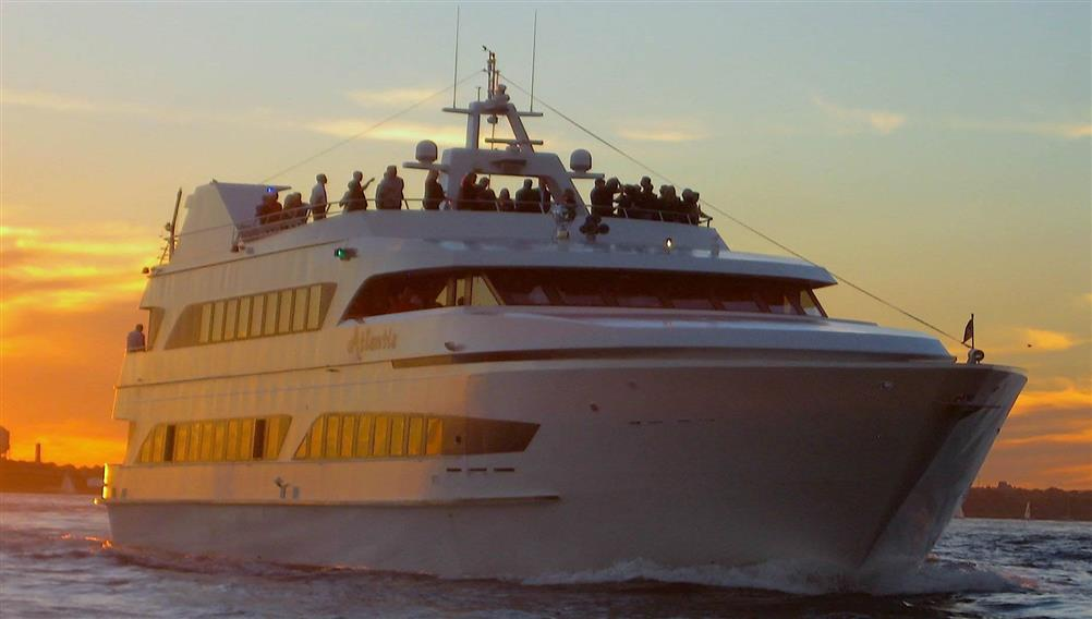 The Atlantis From New York Cruises Celebrate In Style On