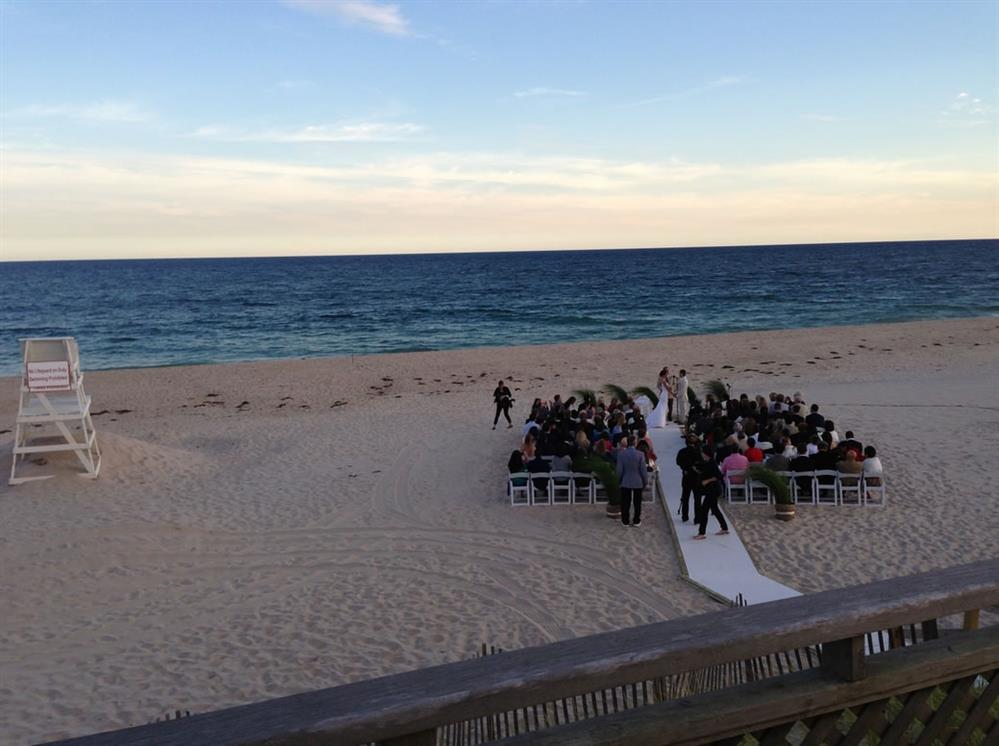 Beach Clubs Long Island Suffolk