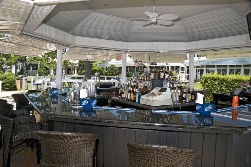 The Snapper Inn Waterfront Restaurant Oakdale Ny