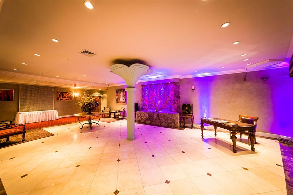 The Royal Palm - Farmingdale New York Catering Hall